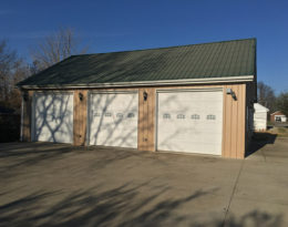 Shop/Garage Or Man Cave