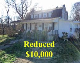 House – Garage – Barn & 7 Acres M/L. Near Raywick KY.