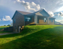 House, Barn and 2.5 Acres M/L.
