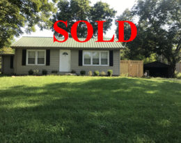 Sold – Home With Detached Garage On Loretto Hwy.