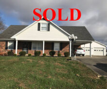 Sold – 1 1/2 Story Brick Home – 24 x 54 Garage – 2 acres M/L. Loretto, KY.